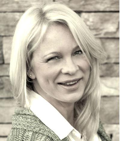 Lynette Garet Writer SEO 8 Snap Communications